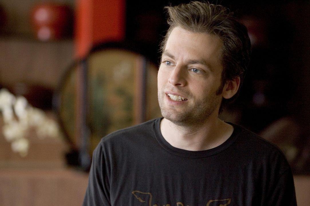 Muss eine Suchttherapie machen und findet dort Gefallen an seiner Betreuerin: Andy (Justin Kirk) ... - Bildquelle: Lions Gate Television