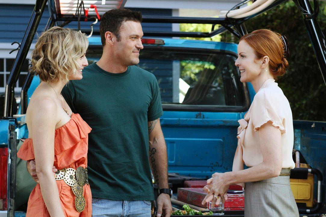 Als Bree (Marcia Cross, r.) erfährt, dass Keith (Brian Austin Green, M.) in einer festen Beziehung mit Stephanie (Annie Little, l.) ist, ist sie ges... - Bildquelle: ABC Studios