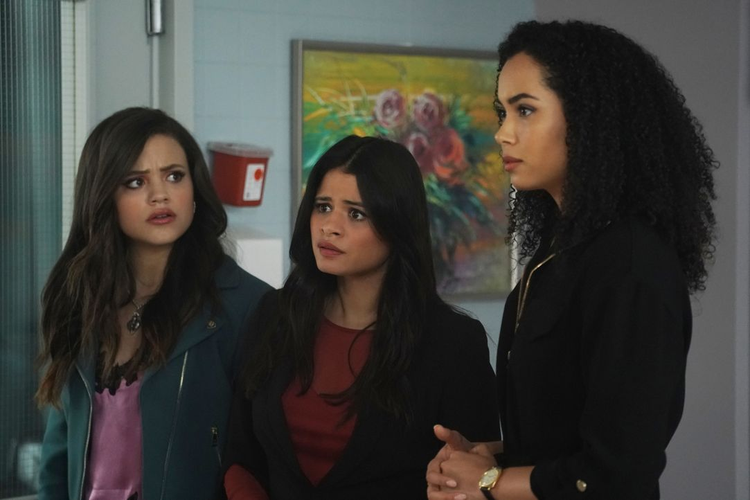 (v.l.n.r.) Maggie Vera (Sarah Jeffery); Mel Vera (Melonie Diaz); Macy Vaughn (Madeleine Mantock) - Bildquelle: Shane Harvey 2019 The CW Network, LLC. All rights reserved. / Shane Harvey
