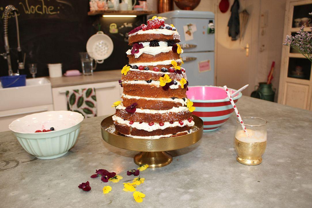 Folge-9_Naked-Cake-(4)