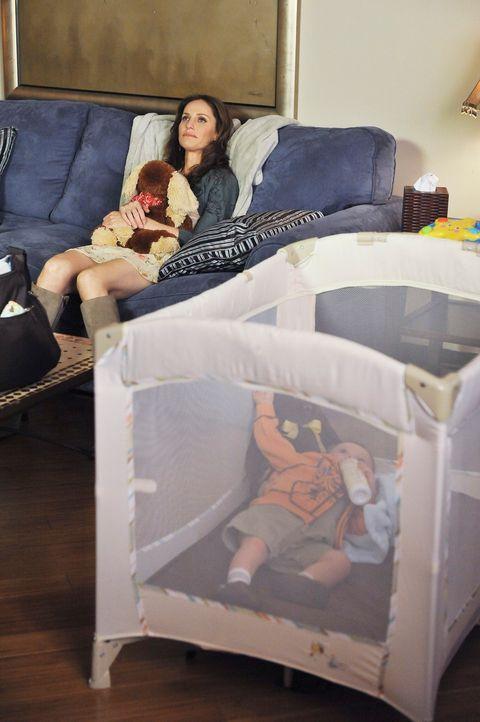 Violet (Amy Brenneman) möchte von jetzt ihre Mutterrolle einnehmen, da sie sich dazu in der Lage fühlt, seit sie wieder zurück ist. Was für eini... - Bildquelle: ABC Studios