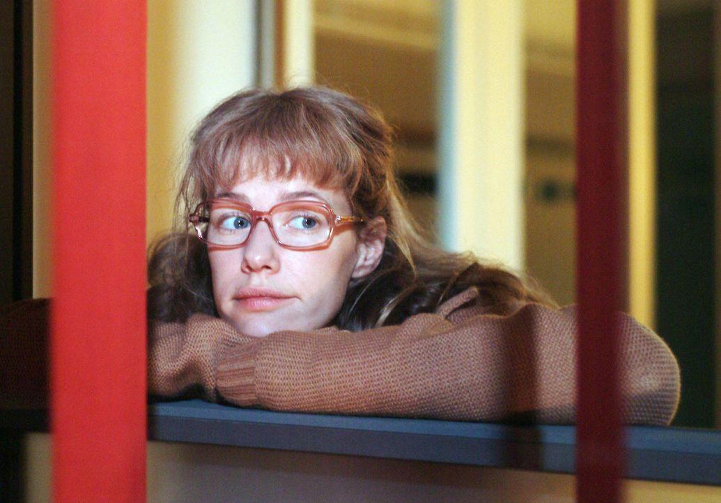Lisa (Alexandra Neldel) ist nachdenklich geworden und fasst den Entschluss, ihre Hoffnung in Sachen David endgültig zu begraben. (Dieses Foto von A... - Bildquelle: Sat.1