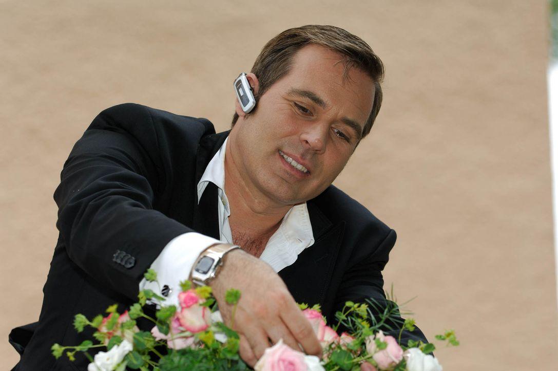 Frank Matthée ist Deutschlands bekanntester Weddingplaner! Er begleitet deutsche Paare auf ihrem Flug in den Ehe-Himmel ... - Bildquelle: Stefan Menne ProSieben