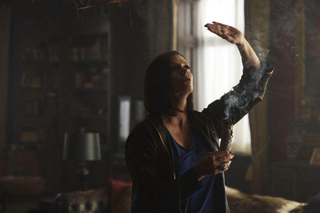 Wie weit wird Ruth (Tammy Isbell) gehen, um Antworten zu bekommen und um Savannah zu finden? - Bildquelle: 2015 She-Wolf Season 2 Productions Inc.