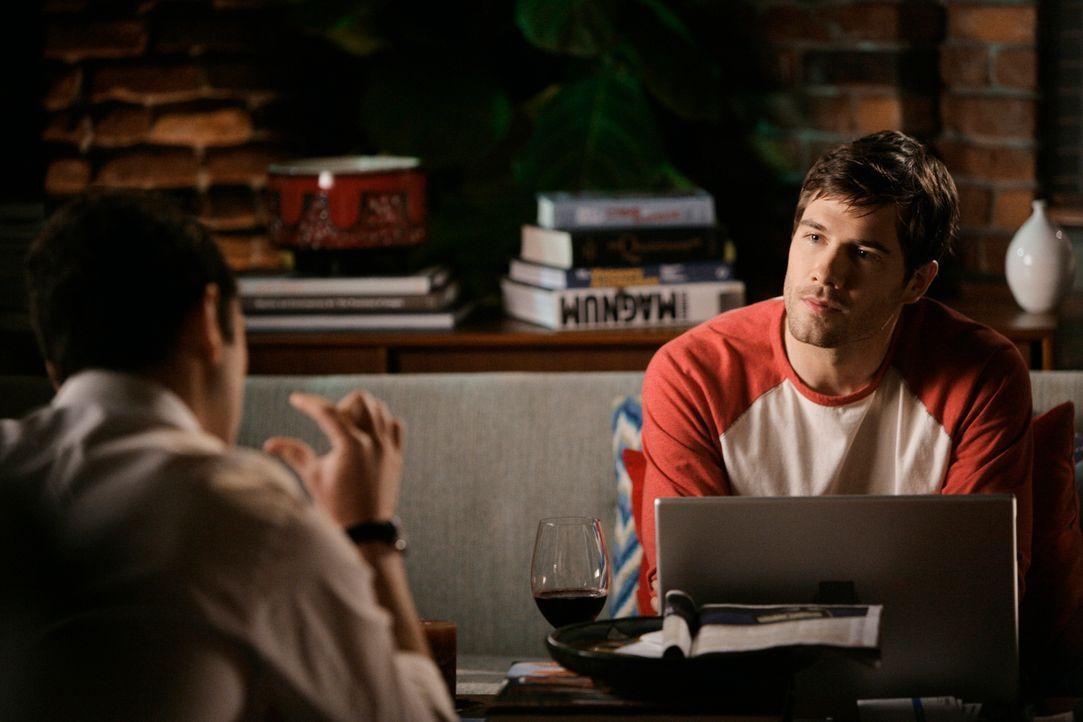 Ein wichtiges Meeting zwingt Kevin (Matthew Rhys,l.) dazu, Scotty (Luke McFarlane, r.) zu belügen ... - Bildquelle: 2008 ABC INC.