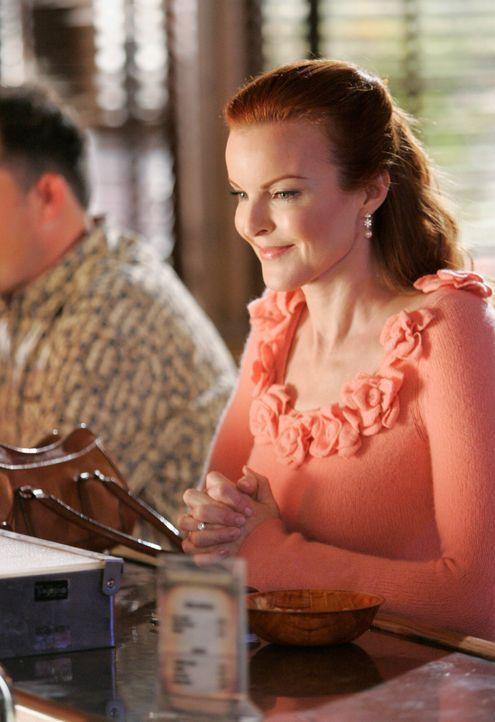 Bree (Marcia Cross) fühlt sich immer mehr zu ihrem Betreuer Peter hingezogen, der aber nicht nur ein trockener Alkoholiker ist, sondern auch unter S... - Bildquelle: 2005 Touchstone Television  All Rights Reserved