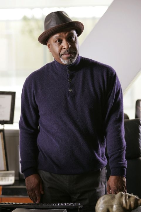 Weiß Dr. Richard Webber (James Pickens, Jr.), dass Cristina schwanger ist? - Bildquelle: Touchstone Television