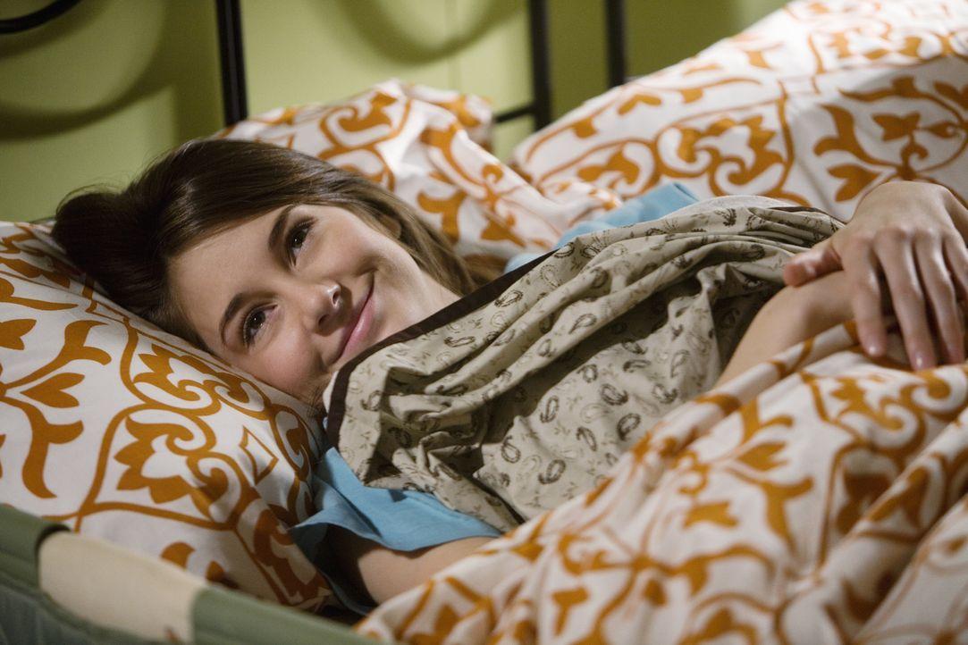 Amy (Shailene Woodley) ist überglücklich, dass sie sich entschieden hat, das Baby zu behalten ... - Bildquelle: 2008 DISNEY ENTERPRISES, INC. All rights reserved. NO ARCHIVING. NO RESALE.
