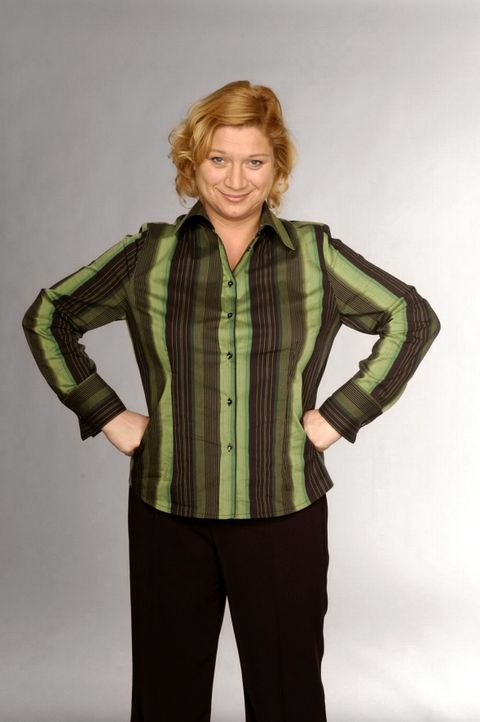 (2. Staffel) - Agnes Hetzer (Susanne Szell) ist Kantinenchefin des Modehauses und eine der dienstältesten Angestellten. Sie hat viele Assistentinnen... - Bildquelle: André Kowalski SAT.1 / André Kowalski
