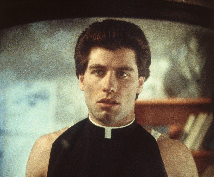 Tony Manero (John Travolta) lebt in Brooklyn in tristen Verhältnissen, leidet unter seinem autoritären Vater und jobbt als Verkäufer in einem Far... - Bildquelle: Paramount Pictures