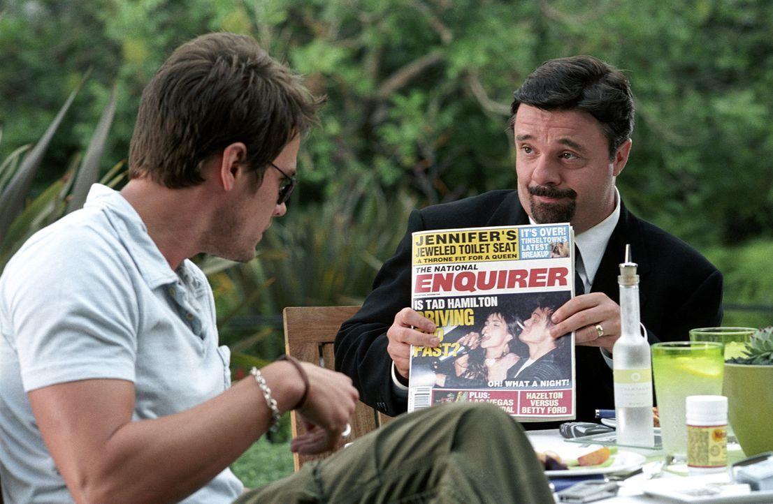 Tad Hamilton (Josh Duhamel, l.), ein angesagter Filmstar, hat mit schwerwiegenden Imageproblemen zu kämpfen - auf der Leinwand gibt er stets den mor... - Bildquelle: 2004 DreamWorks LLC. All Rights Reserved.
