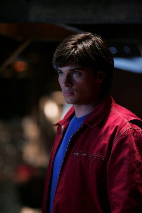 Ist die Begegnung mit dem Geist seines Vaters real, oder nicht? Clark (Tom Welling) weiß nicht so recht, was er glauben soll ... - Bildquelle: Warner Bros.