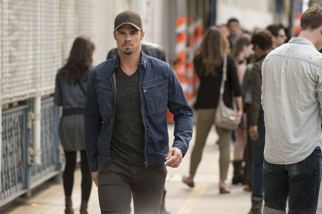 Während Cat einiges über ihre eigene Vergangenheit herausfindet, trifft Vincent (Jay Ryan) auf einen Kameraden aus seiner Zeit im Irak: Zach. Doch w... - Bildquelle: 2013 The CW Network, LLC. All rights reserved.