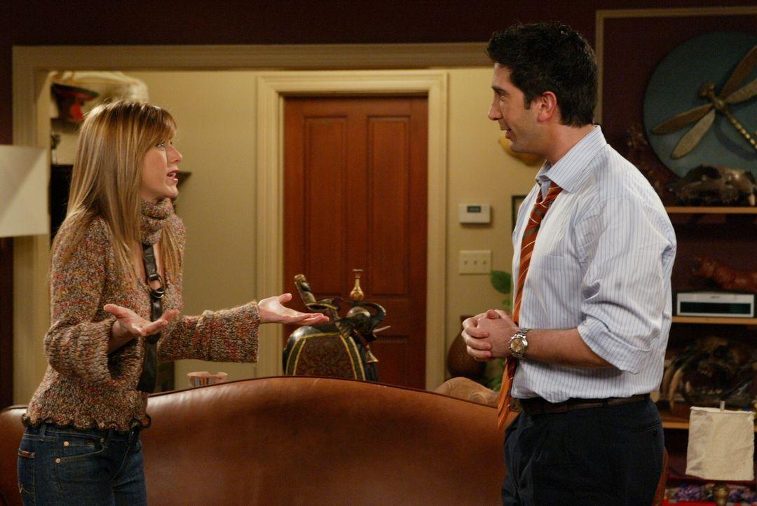 Rachel (Jennifer Aniston, l.) hat einen Job in Paris angenommen, doch Ross (David Schwimmer, r.) will mit allen Mitteln verhindern, dass sie weggeht... - Bildquelle: 2003 Warner Brothers International Television