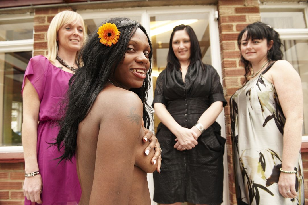Sie sind Konkurrentinnen im Wettstreit um eine luxuriöse Hochzeitsreise (v.l.n.r.): Sarah, Ivy, Louise und Tracy - Bildquelle: ITV Studios Limited 2010