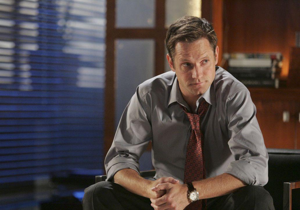 Auch Nathan (Matthew Letscher) ist im Zwiespalt: Das Verhalten seines Bruders Eli wirft viele Fragen auf ... - Bildquelle: Disney - ABC International Television