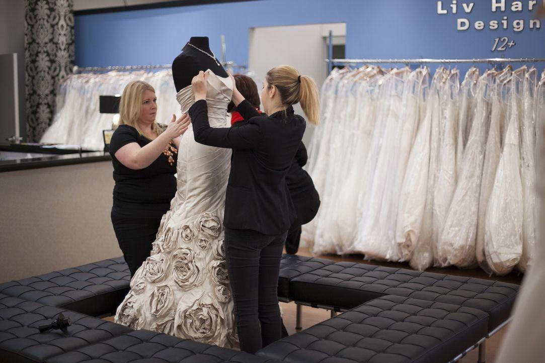 Mit den richtigen Mitteln kann auch ein teures Designer-Kleid für den kleinen Geldbeutel erschwinglich sein ... - Bildquelle: TLC