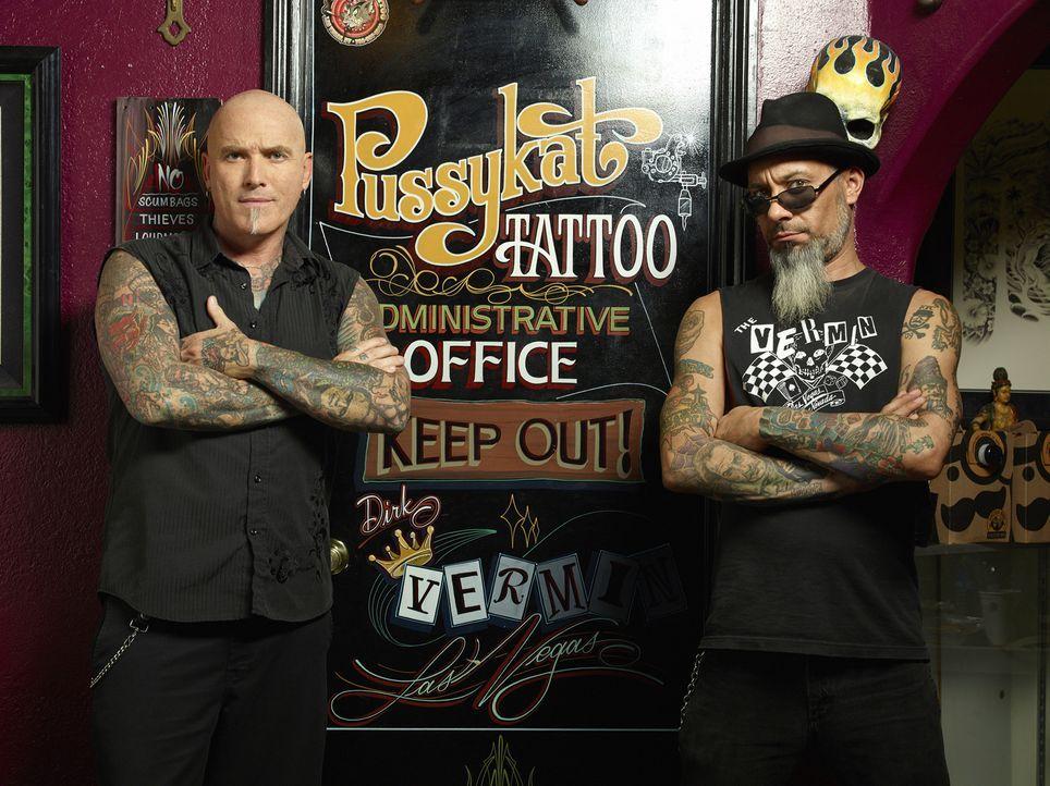 Auf nobler Mission unterwegs: Dirk (l.) und Ruckus (r.) wollen die Straßen von Las Vegas von Tattoo-Katastrophen befreien und Fails in Kunstwerke ve... - Bildquelle: 2013 A+E Networks, LLC