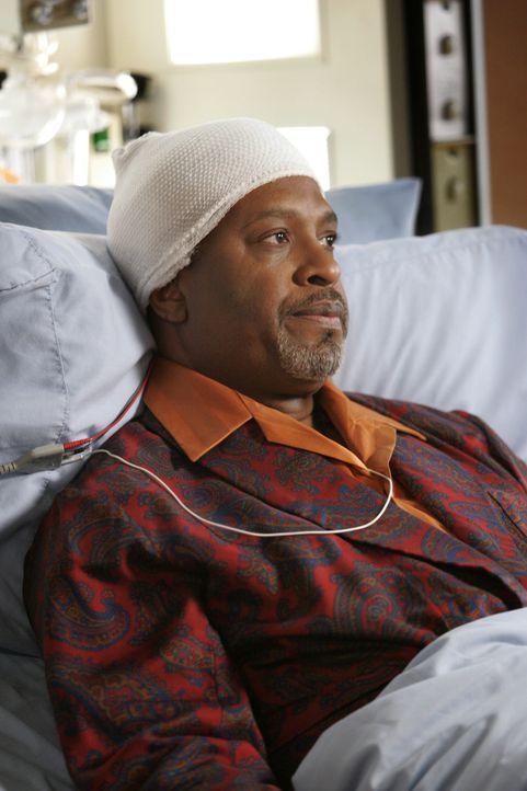 Für die Zeit seiner Besserung hat Webber (James Pickens Jr.) Dereks Rivalen Burke zum Interims-Chef-Arzt benannt ... - Bildquelle: Touchstone Television