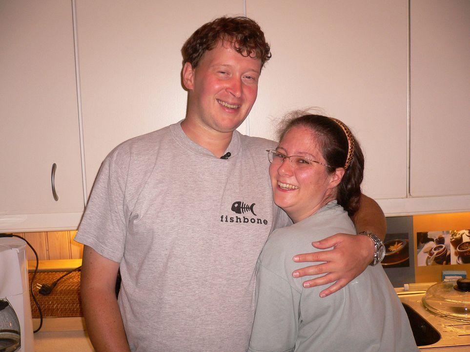 Anne (r.) und Carsten (l.) haben den großen Schritt gewagt – sie haben Berlin hinter sich gelassen und sind nach Norwegen ausgewandert … - Bildquelle: kabel eins