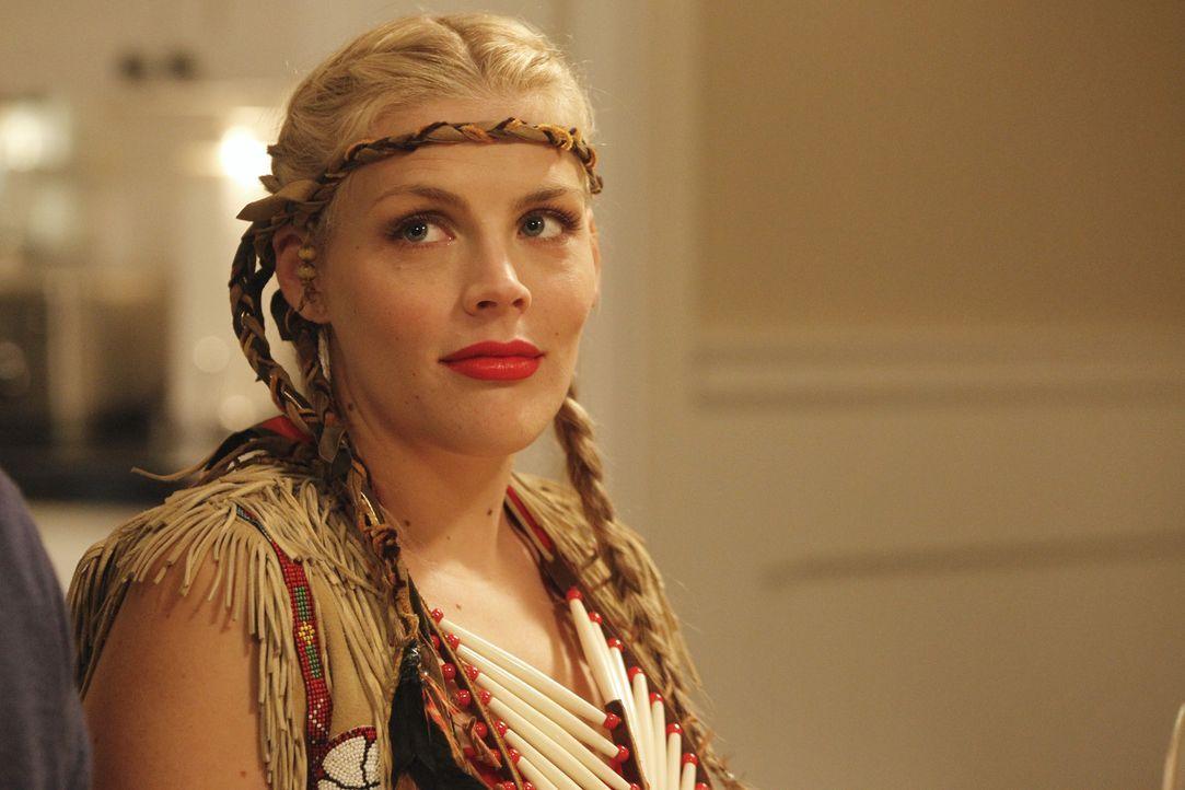 Feiert zusammen mit ihren Freunden Thanksgiving: Laurie (Busy Philipps) - Bildquelle: 2011 American Broadcasting Companies, Inc. All rights reserved.