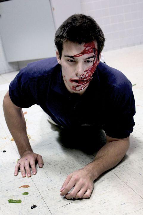 Blut, Angst und Zerstörung: Das ist es was Mitchell Sims will, doch Gary Melke (Bild) stirbt nicht sofort  ... - Bildquelle: M2 Pictures