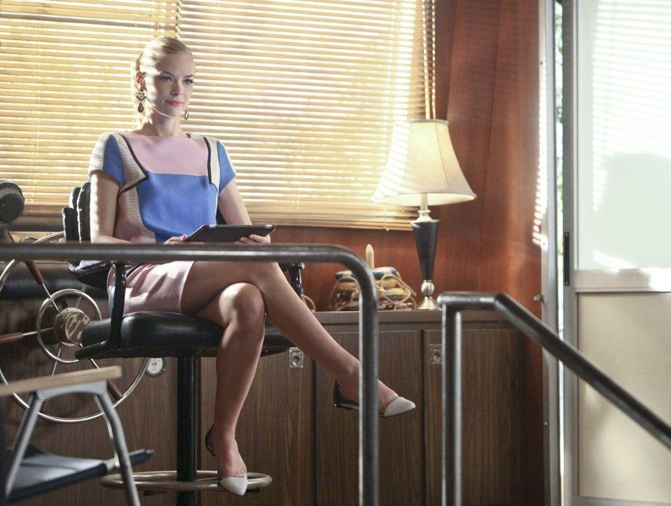 Wenn Lemon (Jaime King) ein Problem gelöst hat, taucht schon das nächste auf ... - Bildquelle: Warner Brothers