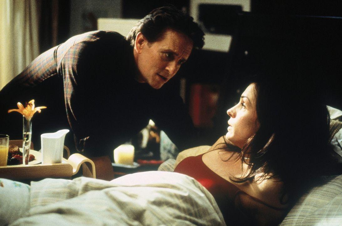 Als ihre Tochter entführt wird, beginnt für den erfolgreichen Psychiater Dr. Nathan Conrad (Michael Douglas, l.) und seine kranke Frau (Famke Jens... - Bildquelle: 20th Century Fox Film Corporation