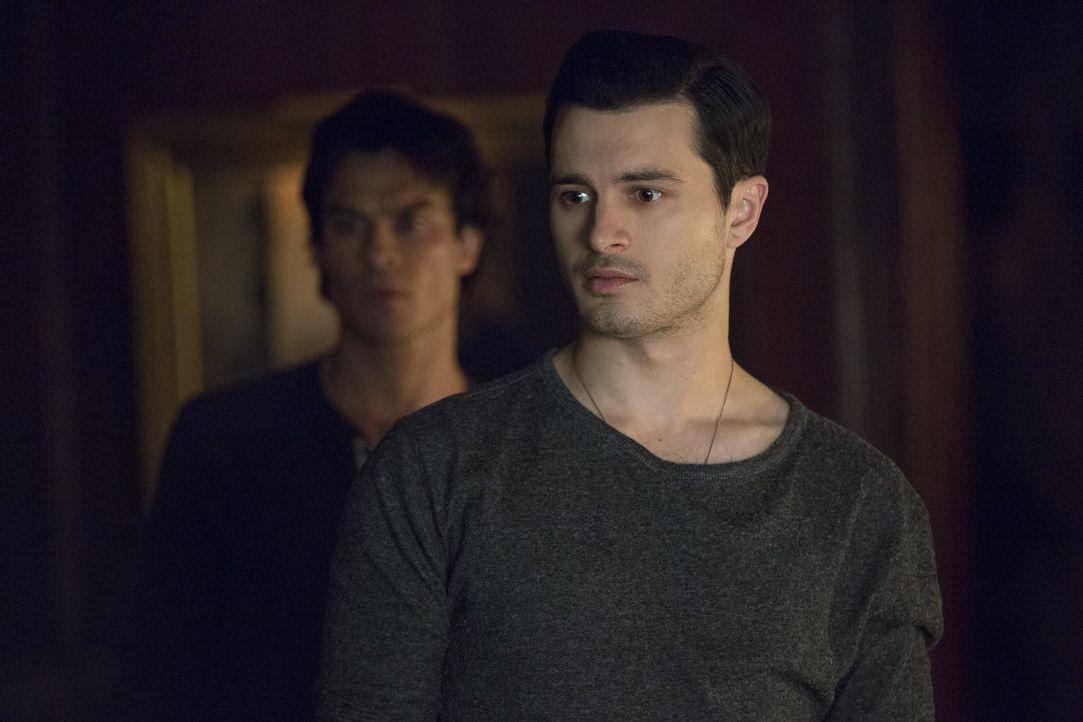 Eigentlich hatte Enzo (Michael Malarkey) gehofft, seine geliebte Bonnie durch das Leben von Rayna zurückzubekommen - doch Bonnie ist in keiner Weise... - Bildquelle: Warner Bros. Entertainment, Inc.