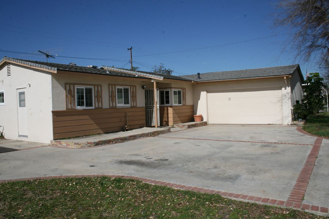 Heute beschäftigt sich das Makler-Ehepaar Tarek und Christina El Moussa mit einem heruntergekommenen Haus in Garden Grove in Kalifornien. Bis sie ih... - Bildquelle: 2016,HGTV/Scripps Networks, LLC. All Rights Reserved