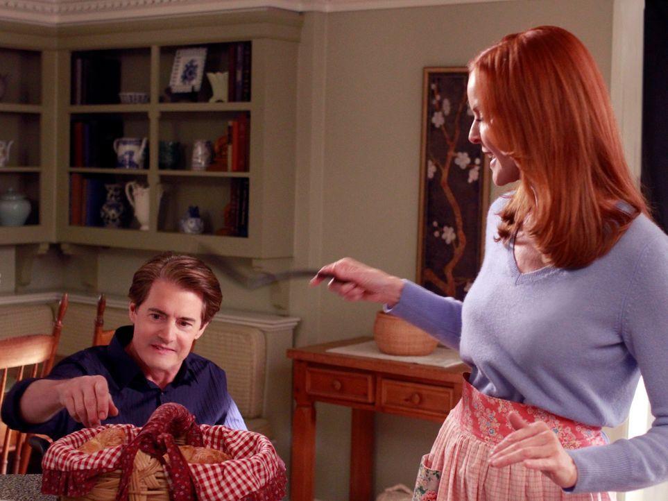 Während plötzlich Lynettes Zwillinge vor ihrer Haustür stehen und wieder bei ihr einziehen wollen, gibt Orson (Kyle MacLachlan, l.) vor, Brees (Marc... - Bildquelle: Touchstone Pictures