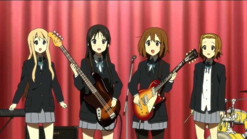 (1. Staffel) - Tsumugi Kotobuki; Azusa Nakano; Yui Hirasawa; Ritsu Tainaka - Bildquelle: kakifly . Houbunsha/Sakura High Band