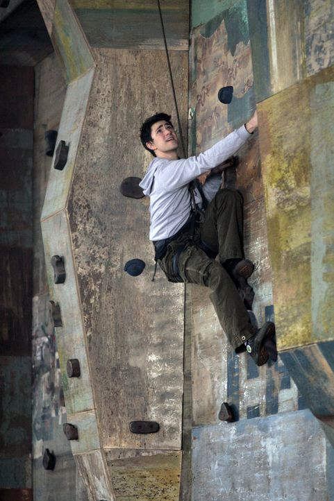 Das Training ist hart und kräfteraubend, doch Kyle (Matt Dallas) versucht alles, um seine außernatürlichen Fähigkeiten zu verbessern. Er hofft,... - Bildquelle: TOUCHSTONE TELEVISION