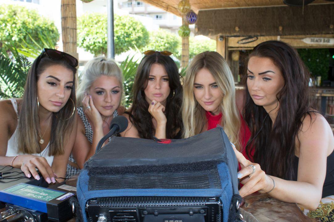 (v.l.n.r.) Nicole; Ericka; Claudia; Rosie; Tyler - Bildquelle: Twofour