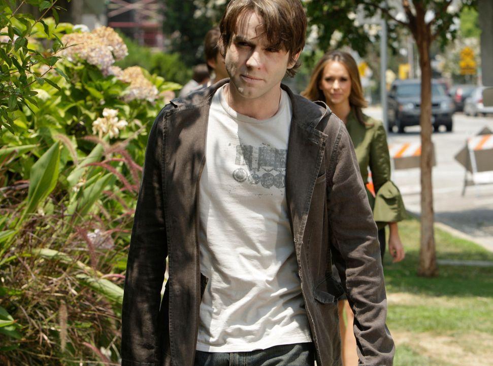 Melinda (Jennifer Love Hewitt, r.) will herausfinden, warum Lucas (Christian Campbell, l.) sich immer noch unter den Lebenden befindet ... - Bildquelle: ABC Studios