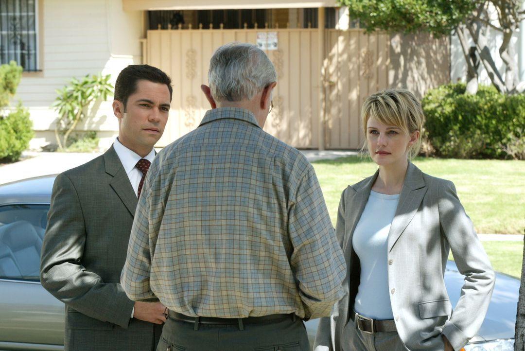 Ein 60 Jahre zurückliegender Mordfall beschäftigt Det. Lilly Rush (Kathryn Morris, r.) und Det. Scott Valens (Danny Pino, l.). Sie hoffen, dass Nels... - Bildquelle: Warner Bros. Television