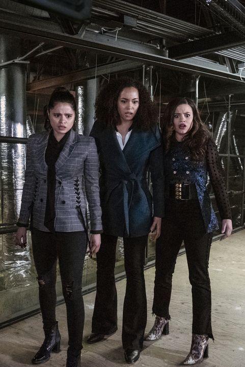(v.l.n.r.) Mel Vera (Melonie Diaz); Macy Vaughn (Madeleine Mantock); Maggie Vera (Sarah Jeffery) - Bildquelle: Katie Yu 2019 The CW Network, LLC. All Rights reserved. / Katie Yu