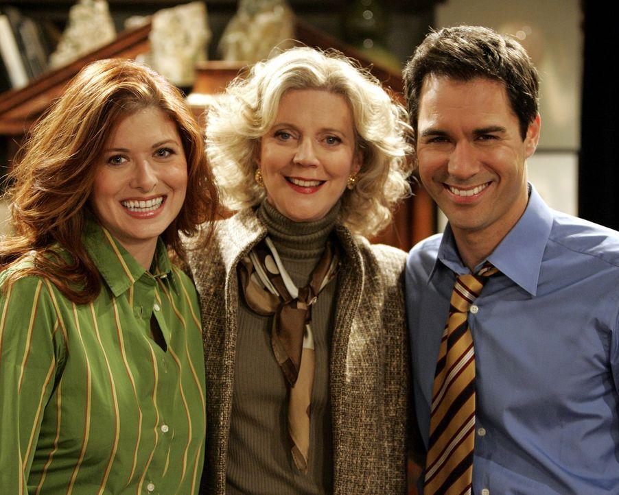Grace (Debra Messing, l.) ist bei Wills (Eric McCormack, r.) Mutter Marilyn (Blythe Danner, M.) zum Tee eingeladen und begeht einen fatalen Fehler ... - Bildquelle: Chris Haston 2003 NBC, Inc. All rights reserved.