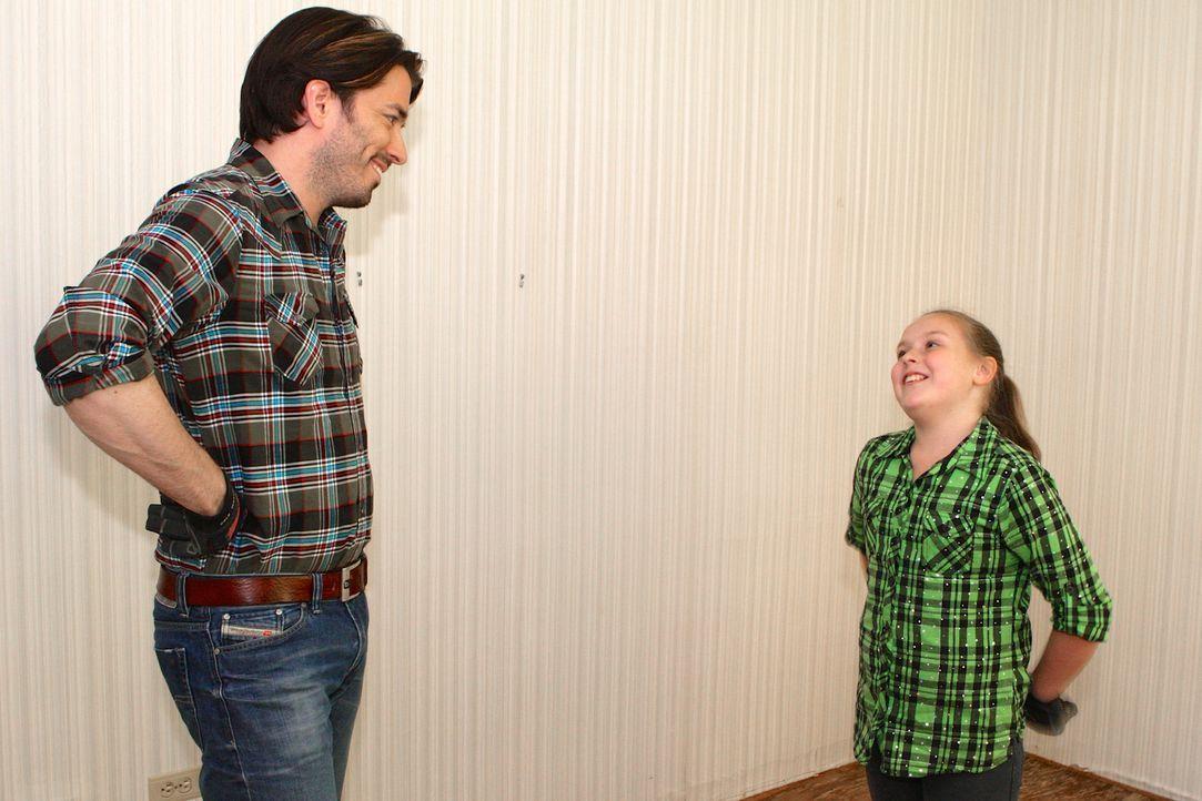Jedes der Kinder soll sein eigenes Zimmer bekommen. Jonathan (l.) bezieht Alicia (r.) in die Gestaltung ihres Raums mit ein und berücksichtigt ihre... - Bildquelle: Cory Permack 2017,HGTV/Scripps Networks, LLC. All Rights Reserved