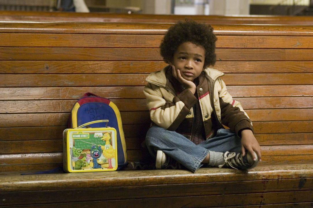 Um dem kleinen Christopher (Jaden Smith) ein besseres Leben bieten zu können, setzt sein Vater alles auf eine Karte ... - Bildquelle: METRO-GOLDWYN-MAYER STUDIOS INC. All Rights Reserved.
