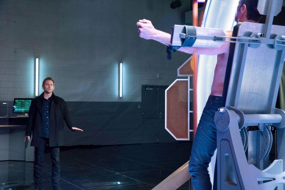 Das Ende der Menschheit steht bevor und Jedikiahs (Mark Pellegrino) jahrelangen Bemühungen enden im Nichts, oder? - Bildquelle: Warner Bros. Entertainment, Inc