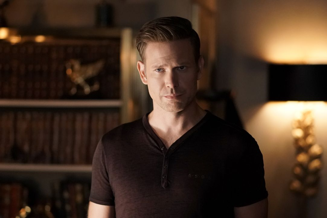 Alaric Saltzman (Matt Davis) - Bildquelle: Jace Downs 2018 The CW Network, LLC. All rights reserved. / Jace Downs