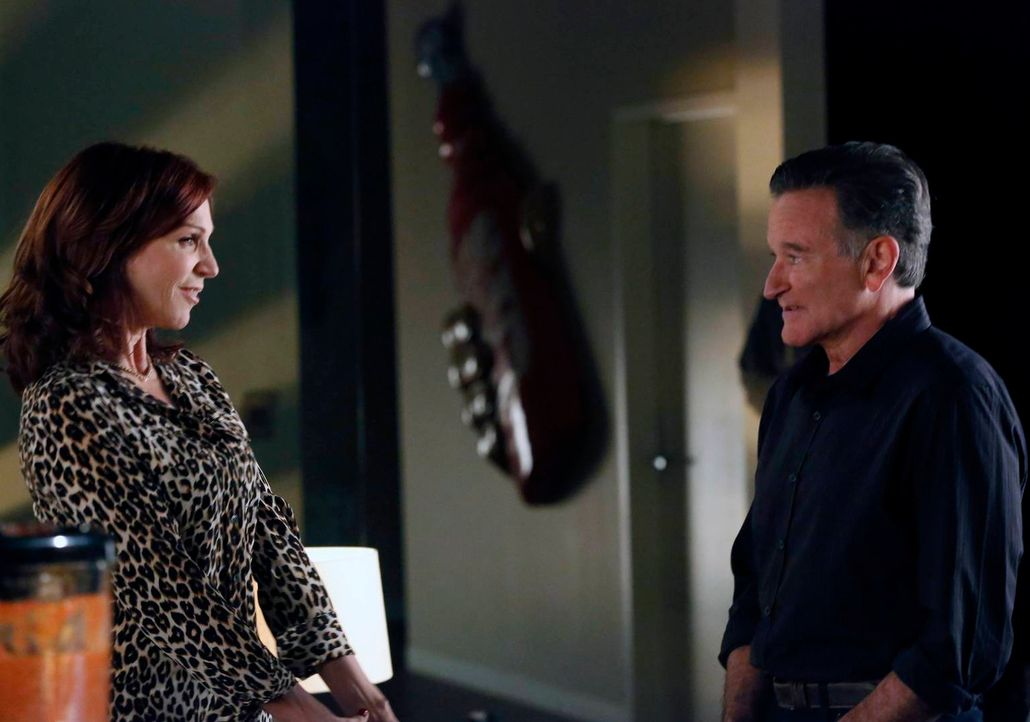 Der Vorstand der Agentur wird zusammengerufen, um zu beraten, was mit der Agentur geschehen soll. Während Simon (Robin Williams, r.) nicht verkaufen... - Bildquelle: 2014 Twentieth Century Fox Film Corporation. All rights reserved.