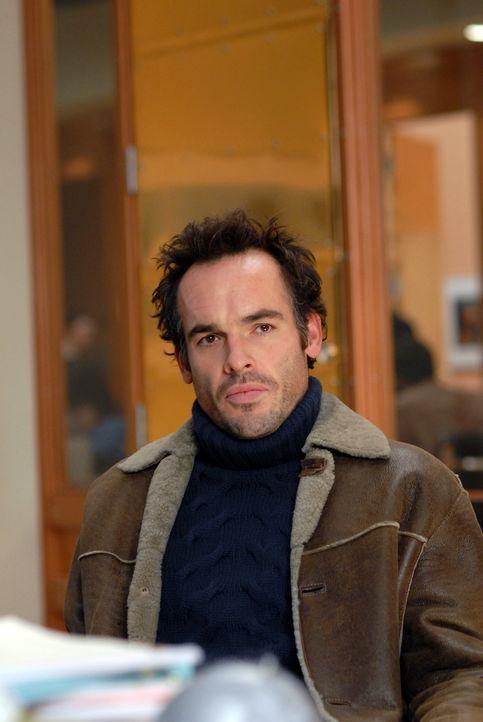 Shane (Paul Blackthorne) gibt sich die Schuld an der Entstsehung des Buches über Wendys Qualitäten als Mutter. Er hat während eines Wutanfalls Sache... - Bildquelle: 2004 NBC, Inc.