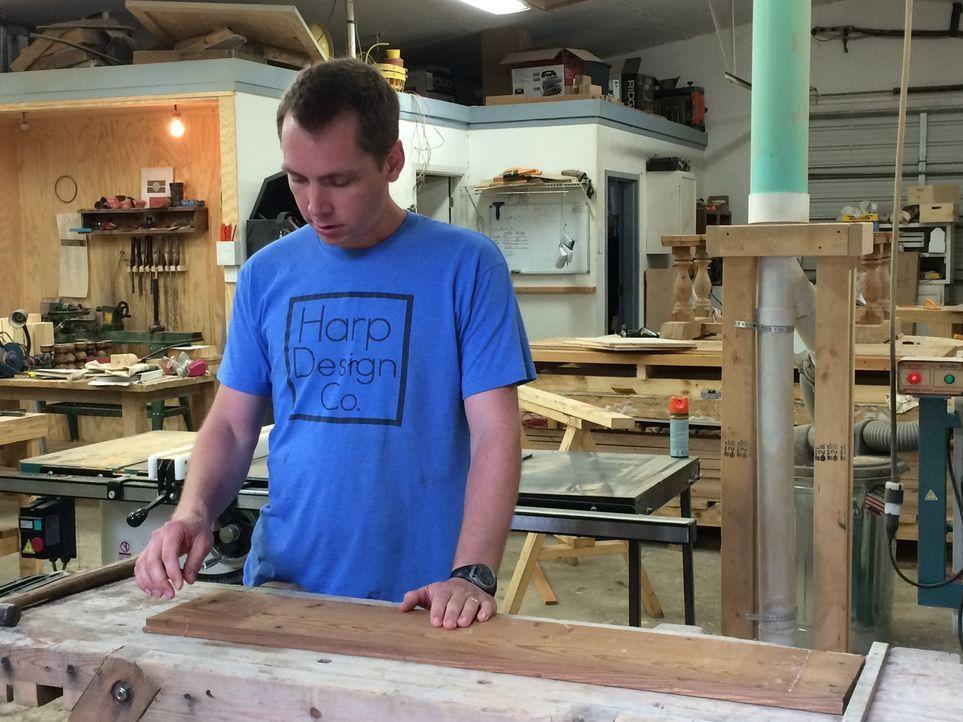 Bei der Renovierung des neuen Heims für die Dansbys gibt es für Clint Einiges zu tun. Wird es dem eingeschworenen Renovierungsteam gelingen, der jun... - Bildquelle: 2015, HGTV/ Scripps Networks, LLC.  All Rights Reserved.