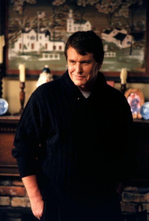Die Trauer um seine Frau hat Harrison Wyatt (Tom Berenger) nicht nur seine Stelle als Pfarrer, sondern auch das gute Verhältnis zu seinem Sohn gekos... - Bildquelle: 2001 Twentieth Century Fox Film Corporation. All rights reserved.