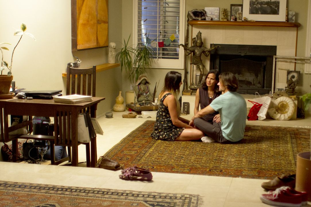 Michael (r.) und Rachel (l.) haben eine extreme physische Verbindung. Ist das für Kamala (M.) wirklich in Ordnung? - Bildquelle: Showtime Networks Inc. All rights reserved.