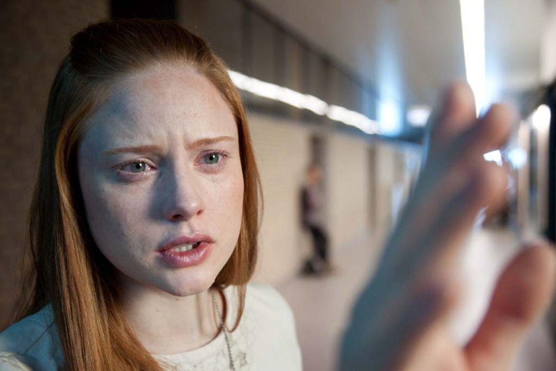 Medium Morgan (Barbara Meier) kommt einem mörderischen Geheimnis auf die Spur ... - Bildquelle: Björn Hahn ProSieben