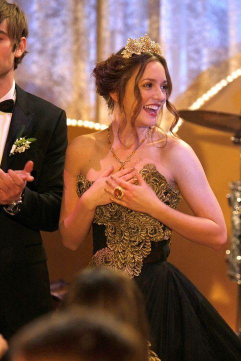 Ballkönigin: Für Blair (Leighton Meester) geht ein Traum in Erfüllung! Auch wenn jemand ein bisschen nachhelfen musste ... - Bildquelle: Warner Brothers