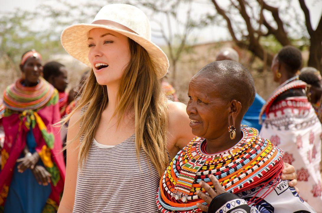 In Kenia erlebt Olivia Wilde (l.), wie dank eines staatlichen Programms Frauen aktiv an dem Wirtschaftswachstum des Landes beteiligt werden. - Bildquelle: Maro Chermayeff Fremantle